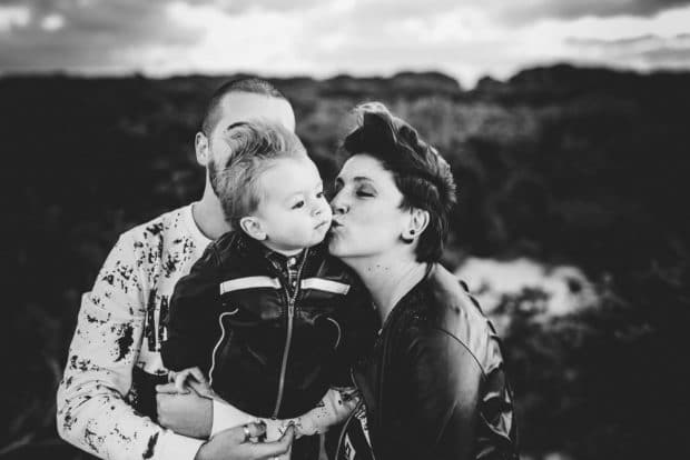 fotografia di famiglia al tramonto