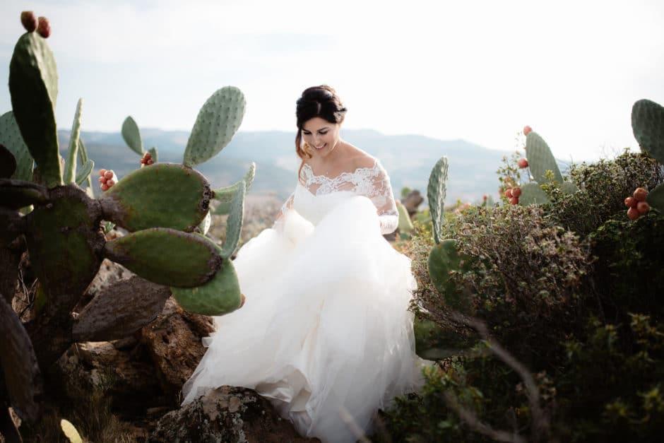 wedding in Sardinia cactus